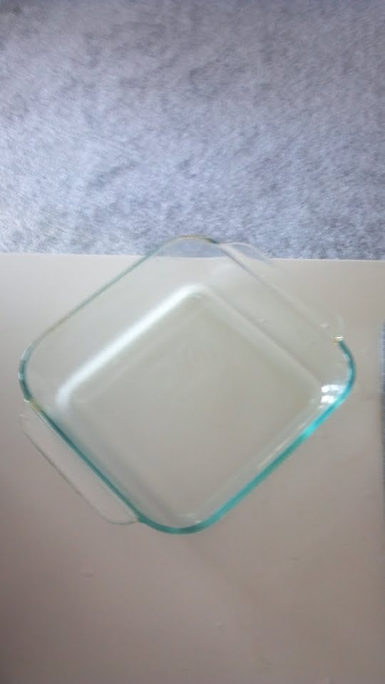 Clean Pyrex glass with magic eraser