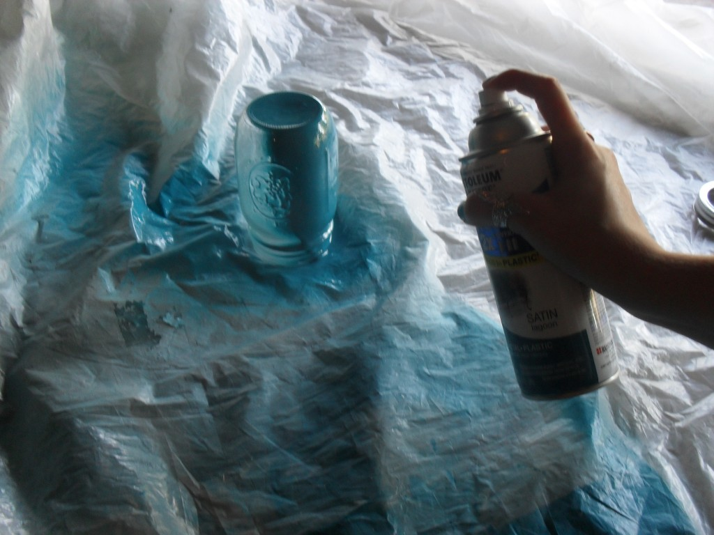 spray paint a mason jar