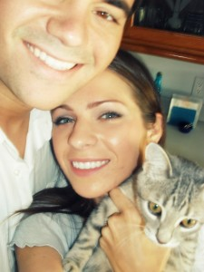 Family picture with a grey tabby cat