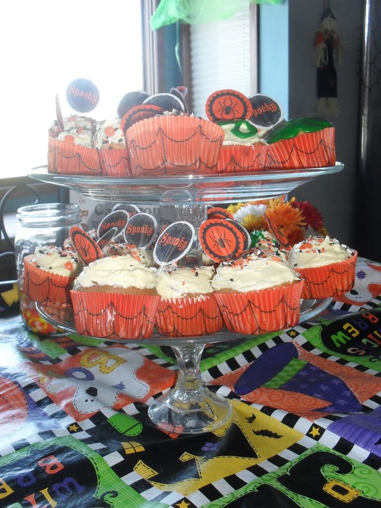 glass cupcake stand