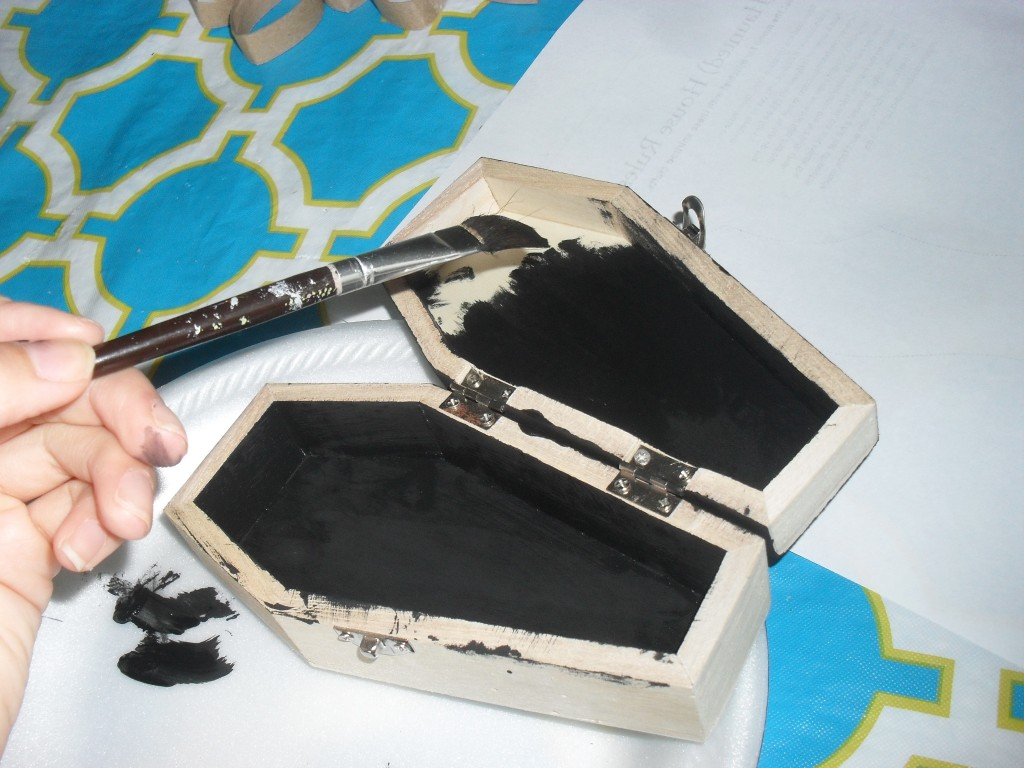painting wood with acrylic paint