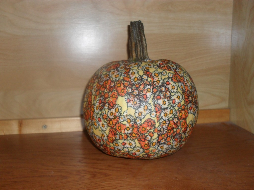 how to fabric a pumpkin