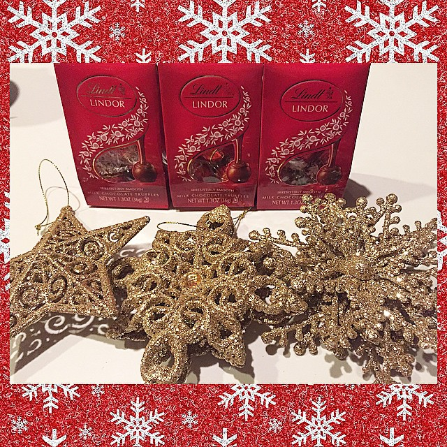 Love my #Lindt Chocolates and glitter ornaments I found for gifts!❤️