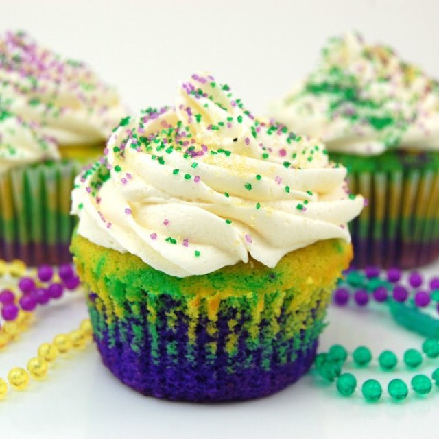 Celebrate Mardi Gras with these cordial Cupcakes