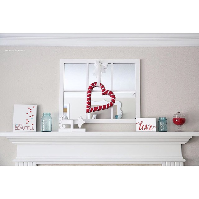 Valentines Day mirrored mantel