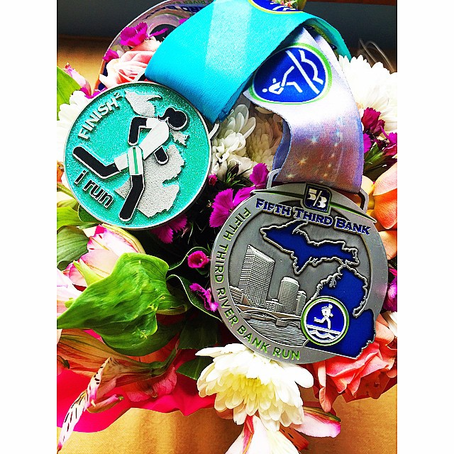 2 medals in one day= Proud 👌🏼#nationalrunningday #whyirunmi @gazellesports