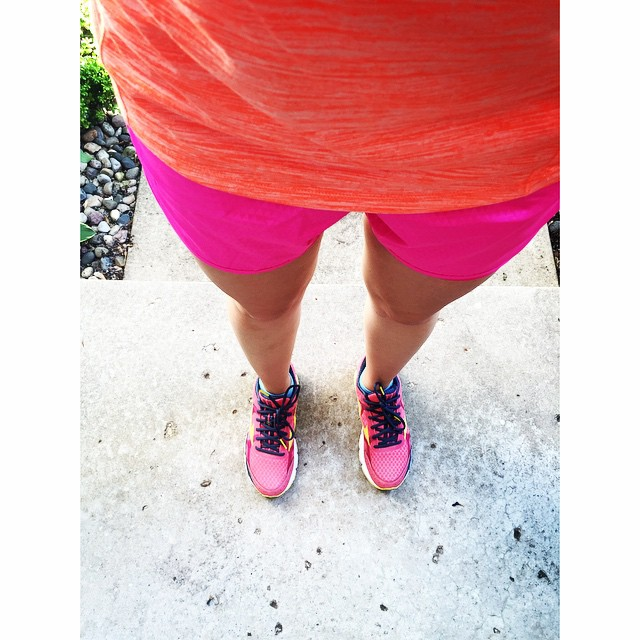 Summer running weather means short shorts!👟 #nationalrunningday #whyirunmi @gazellesports