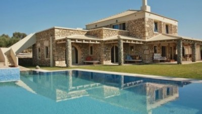 Best Reasons To Book A Holiday Villa