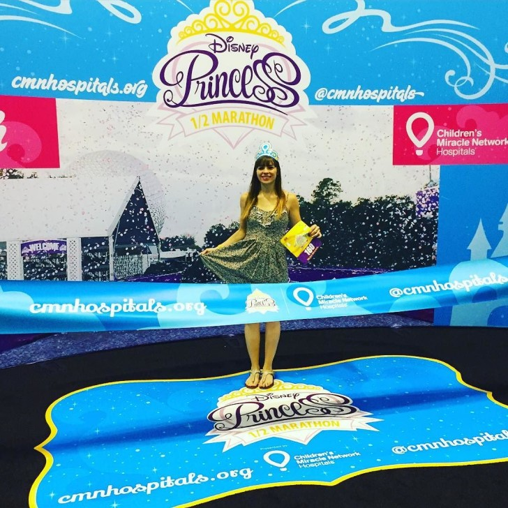 Running for the @cmnhospitals at the @rundisney #HalfPrincess expo! 👑