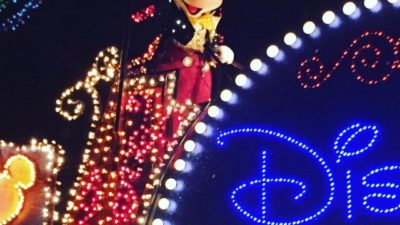 Mickey at the Electrical Parade!❤️