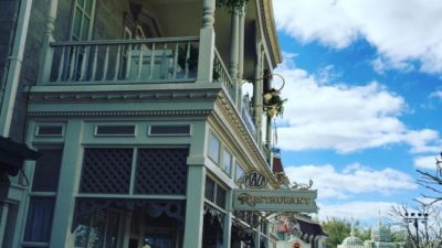 The Plaza Restaurant is a recent discovery we found to eat at. It's the perfect spot for lunch…quaint and friendly. Make sure to order a milkshake, they are delicious! 🍦