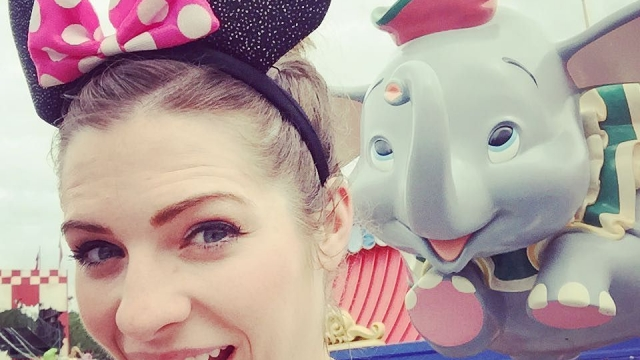 Flying high on the Dumbo ride and taking selfies 🐘