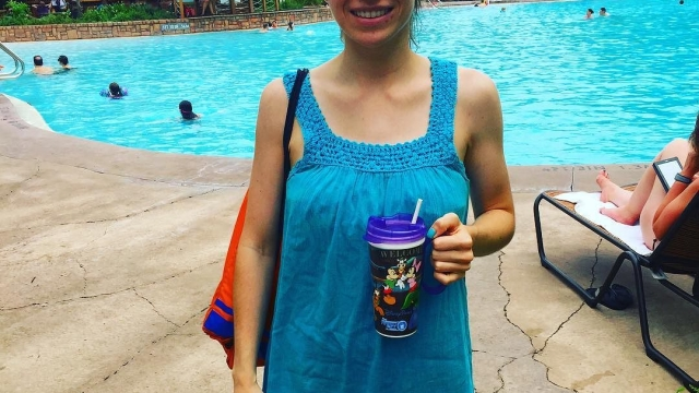 Pool day with my resort mug ☀️