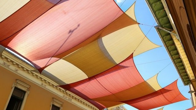 Canvas Awnings- A Perfect Design Set-Up to Decorate Your Home Exteriors