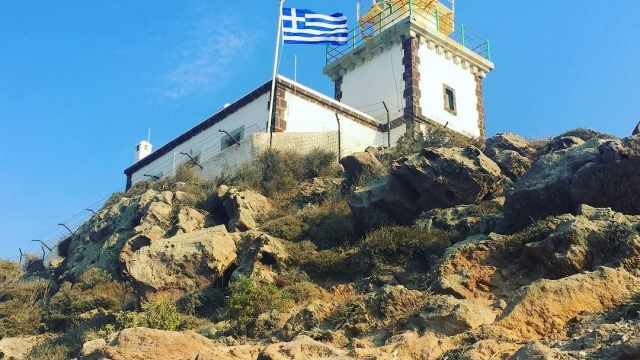 Hiking to lighthouses 🇬🇷