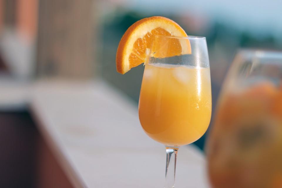 natural orange juice healthy at work