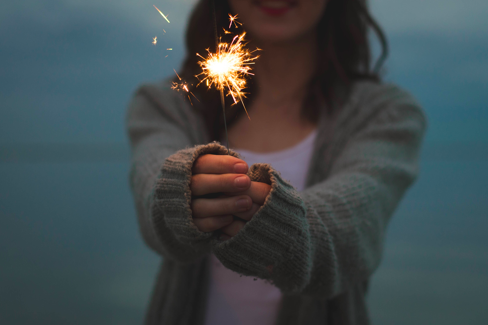 Party Ideas for New Year sparklers