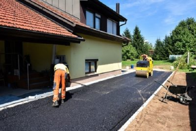 Resurfacing Experts for hiring driveways