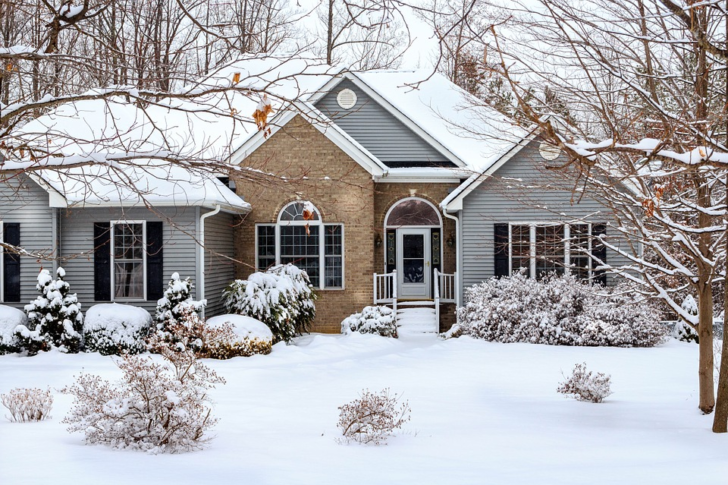 Love Winter In Your Home: How To Fight The Depressing Cold Outside
