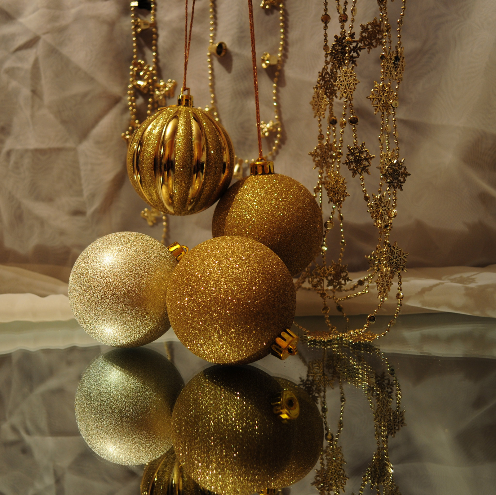 Party Ideas for New Year ball ornaments