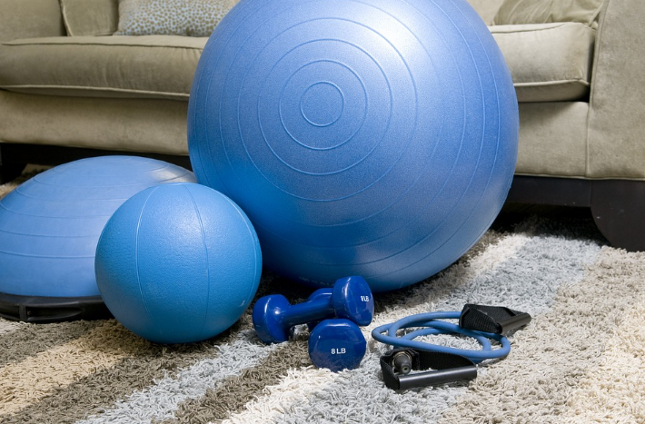 Gym Embarrassment swiss ball blue