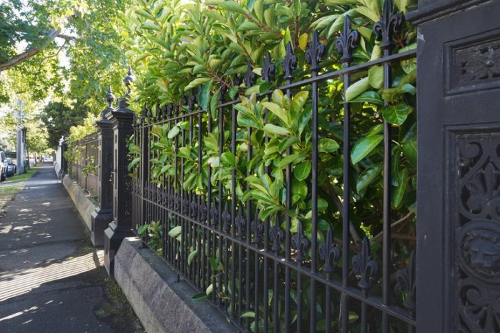 gate fencing black iron secure