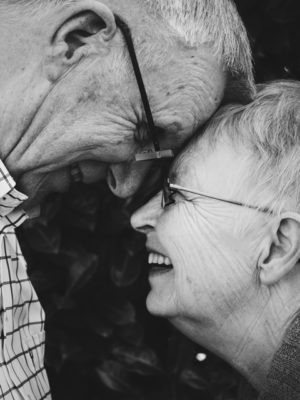 Downsizing in Retirement happy couples