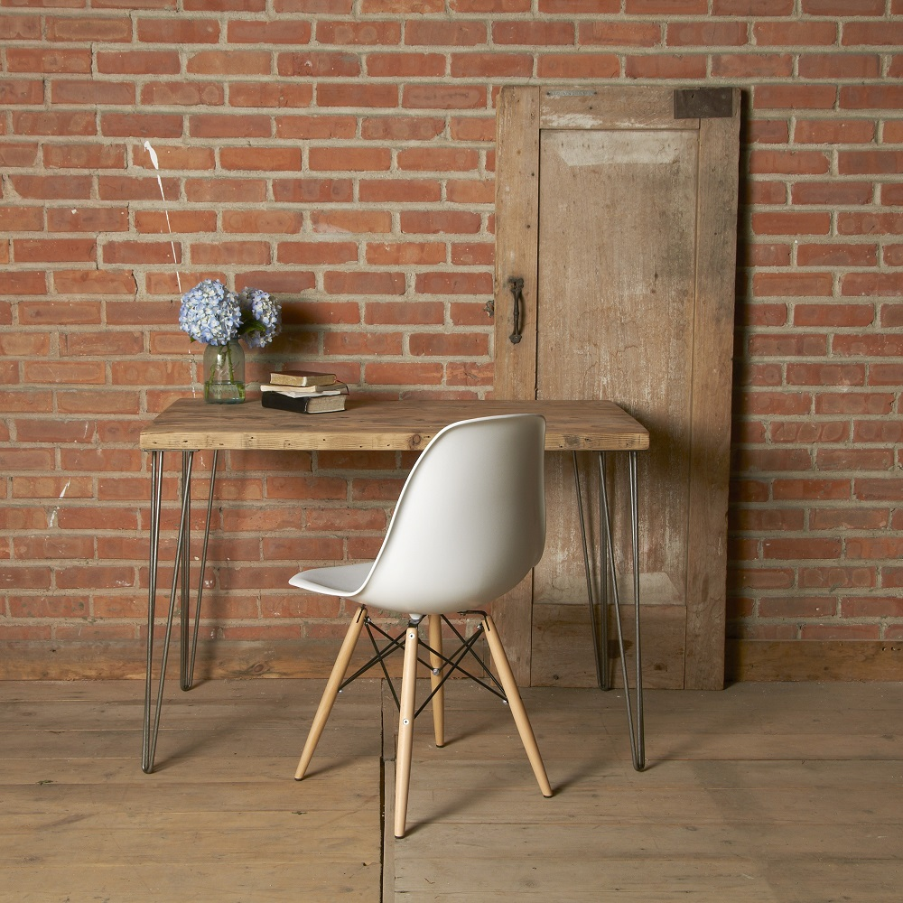 Vintage Home Decor chair and table