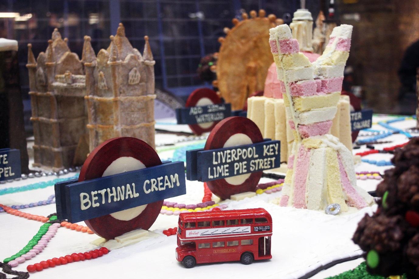 london cake town center
