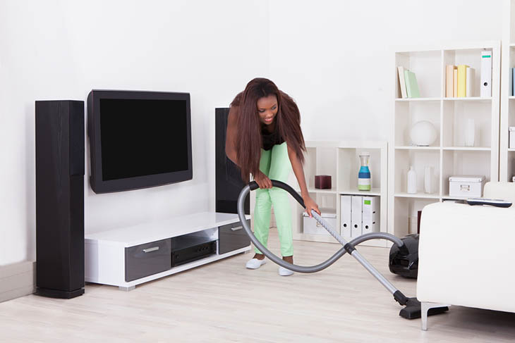 Home Motivation Tips vacuuming