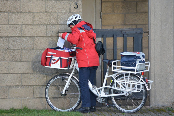 How to Choose a Safe Place for Courier Collection and/or Delivery