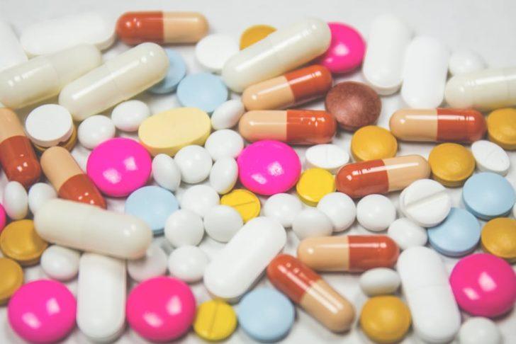 Work-out vitamins pill assortment