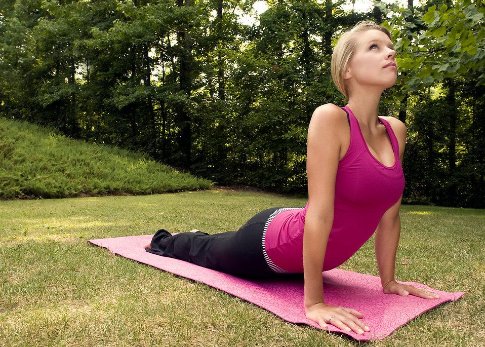 work abs woman doing yoga