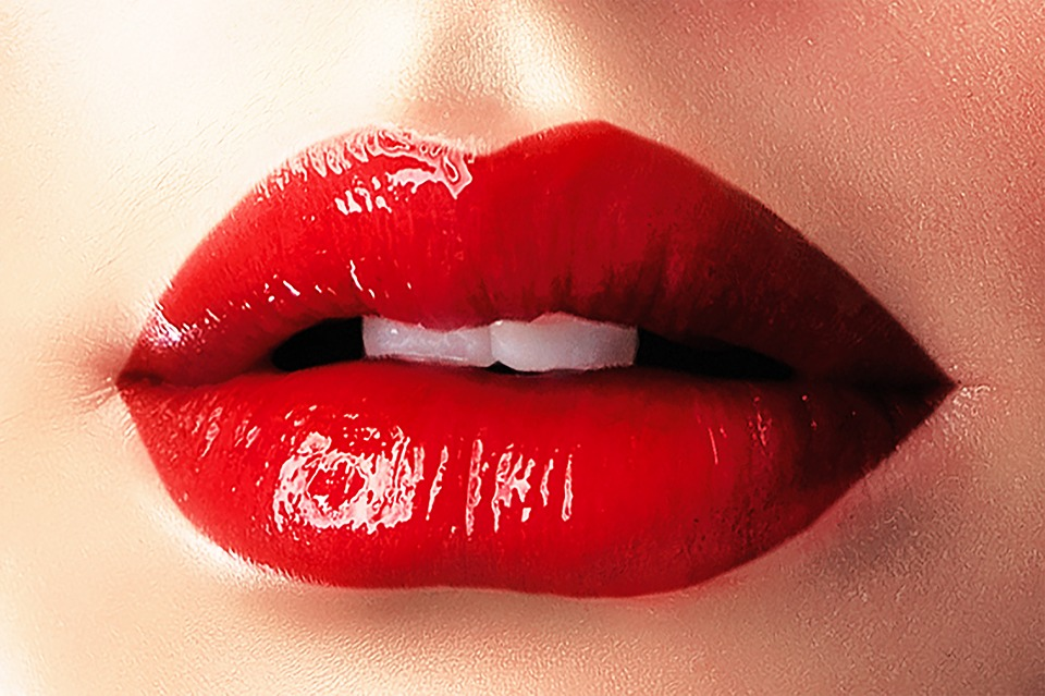 better brighter lips and lipstick red
