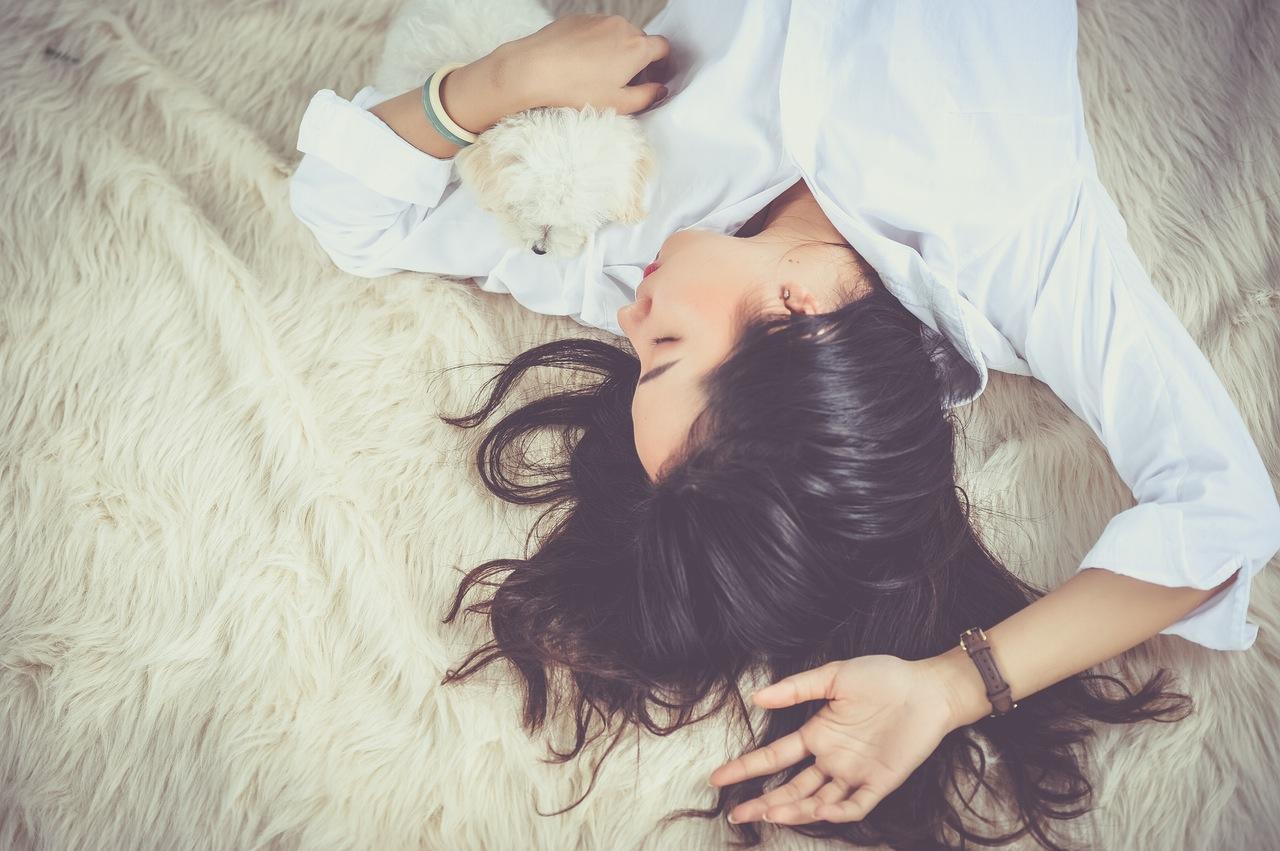 Sleep guide woman sleeping