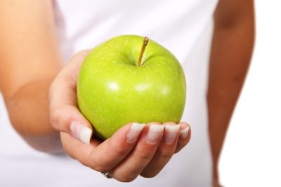 apple in hand weight gain to get you down