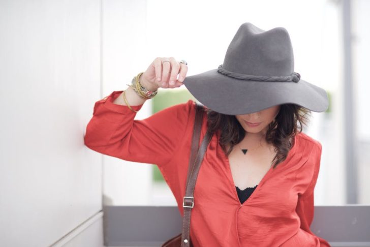 style tips for making an impression hat woman