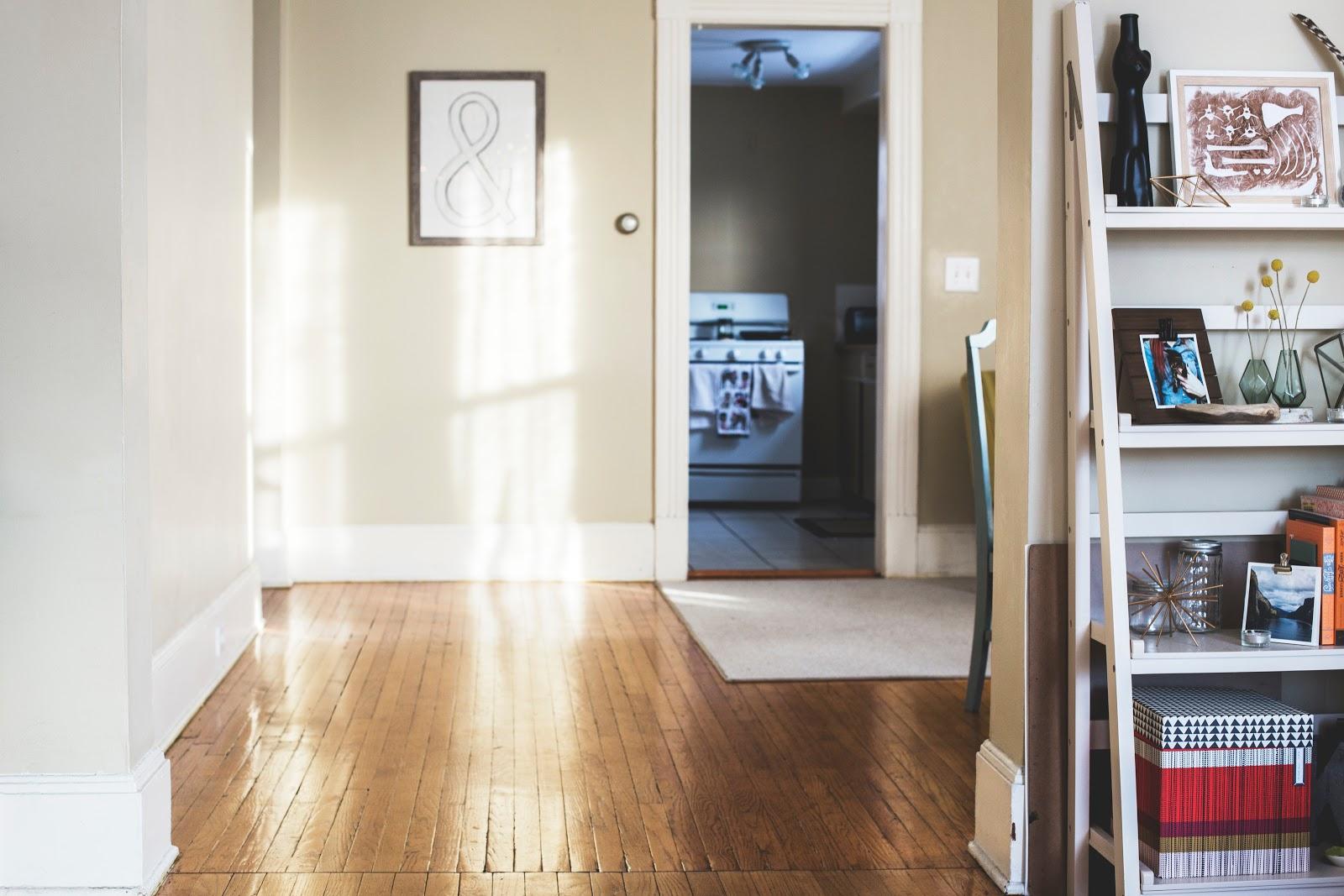 Home hardwood floor light in