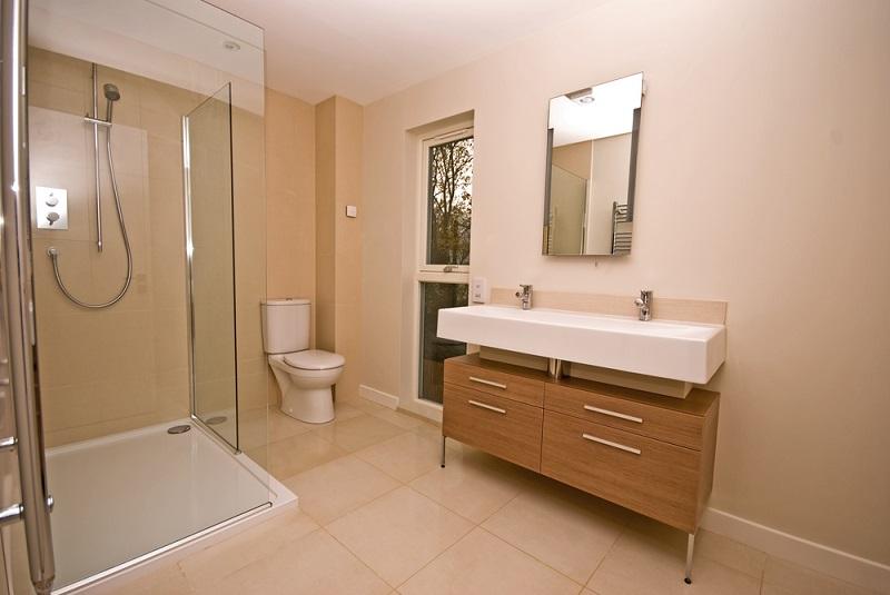 Bathroom vanity and mirror setup