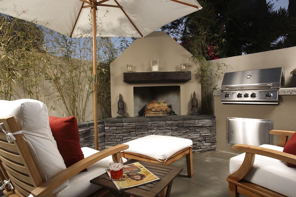 Beautiful Backyard umbrella and chair set