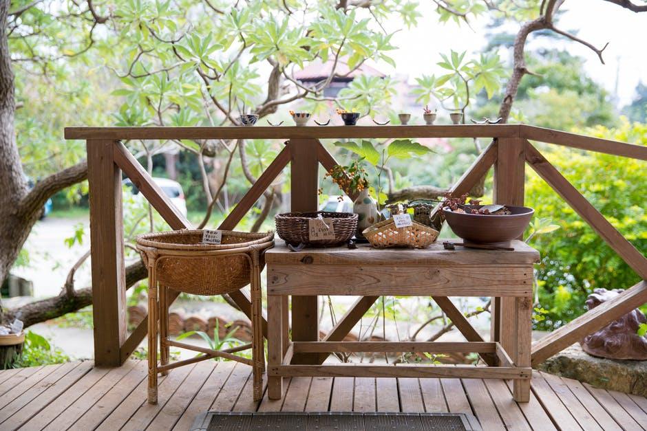 Beautiful Backyard crafts and wooden rail