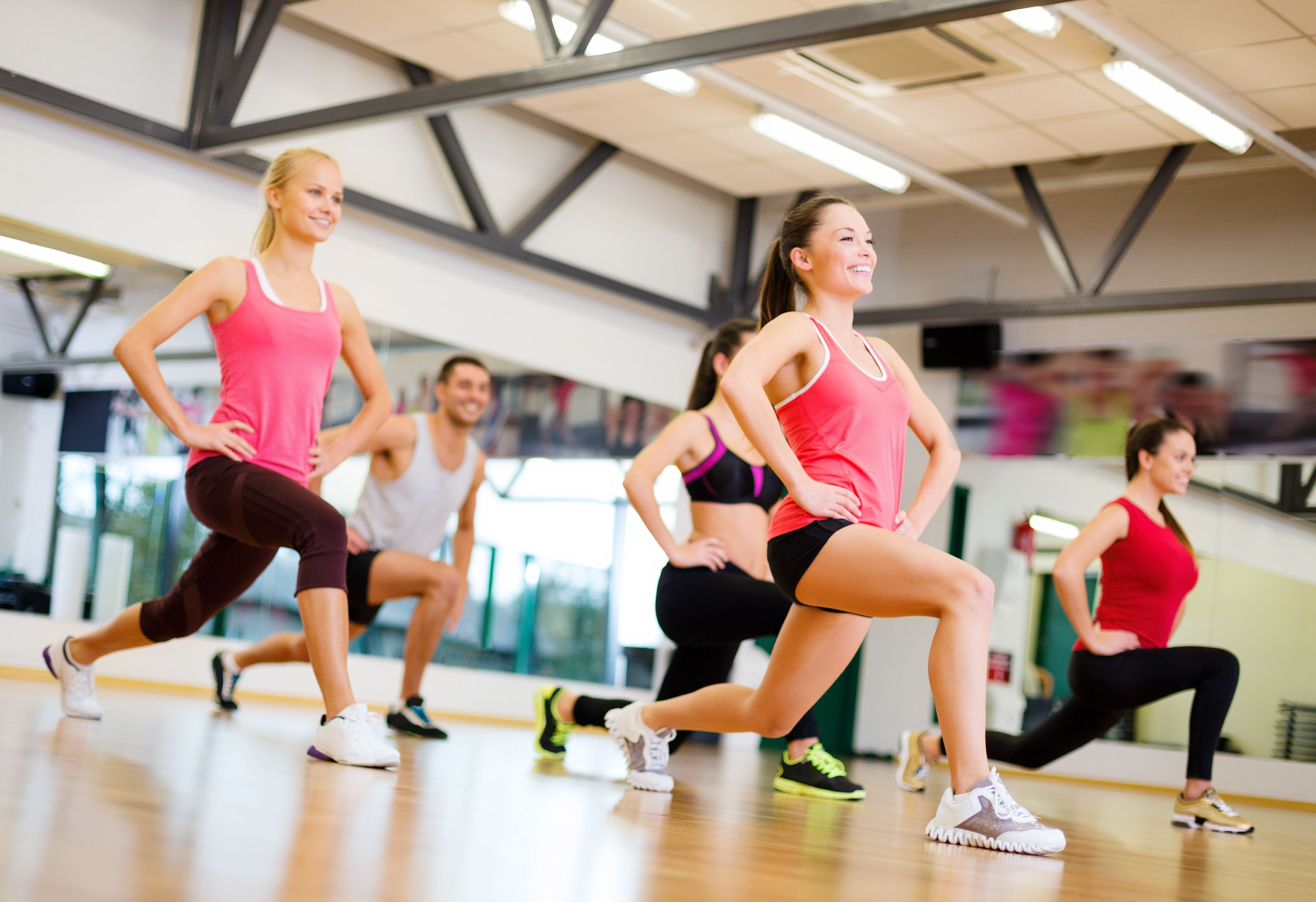 women training mistakes knee bends