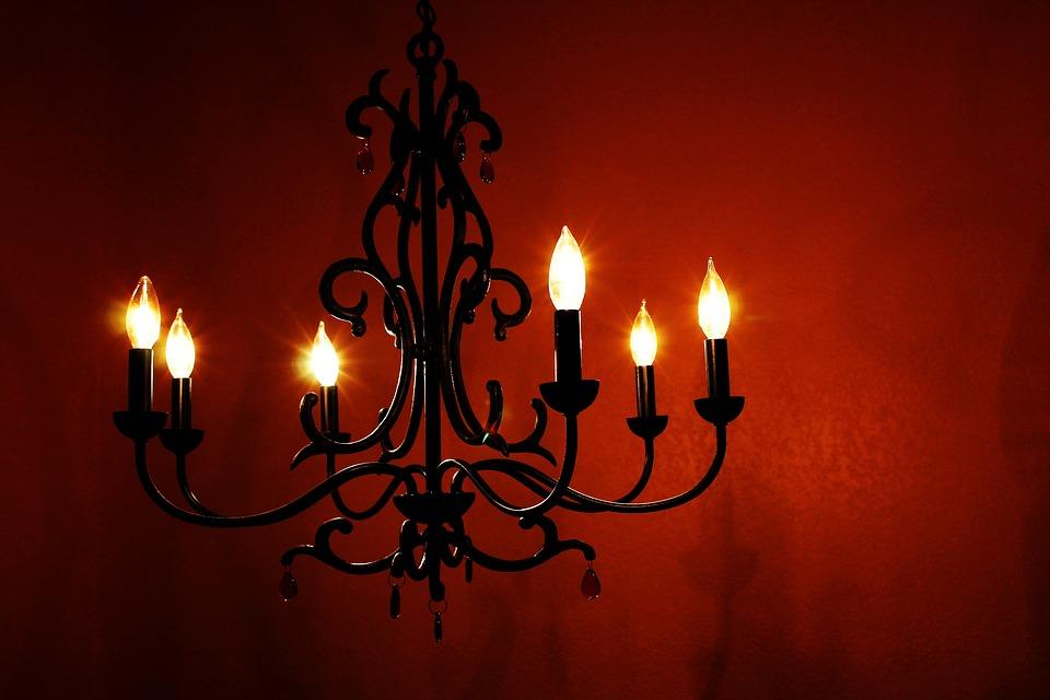 light fixture chandelier pic