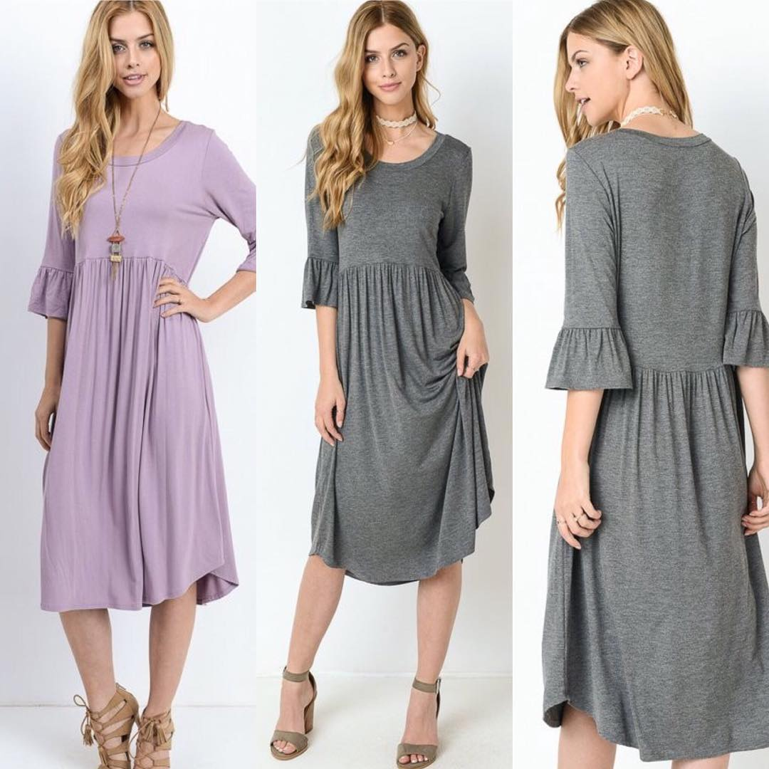 church dress women grey and pink