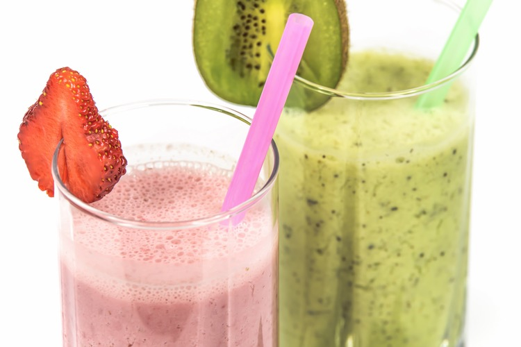 Smoothies pink and green side by side