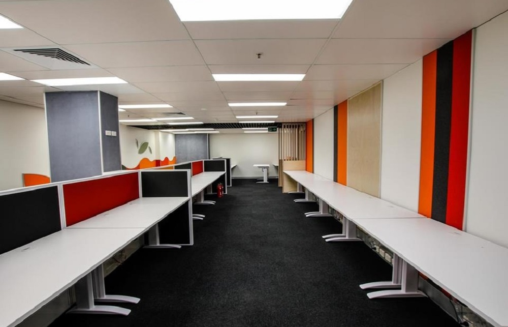 Sunshine Fitouts long desks in office