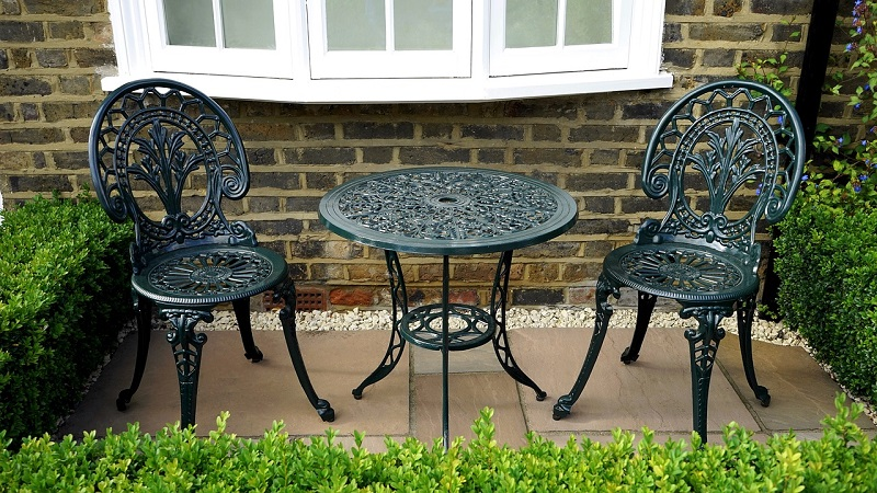 Paving Stones patio table furniture