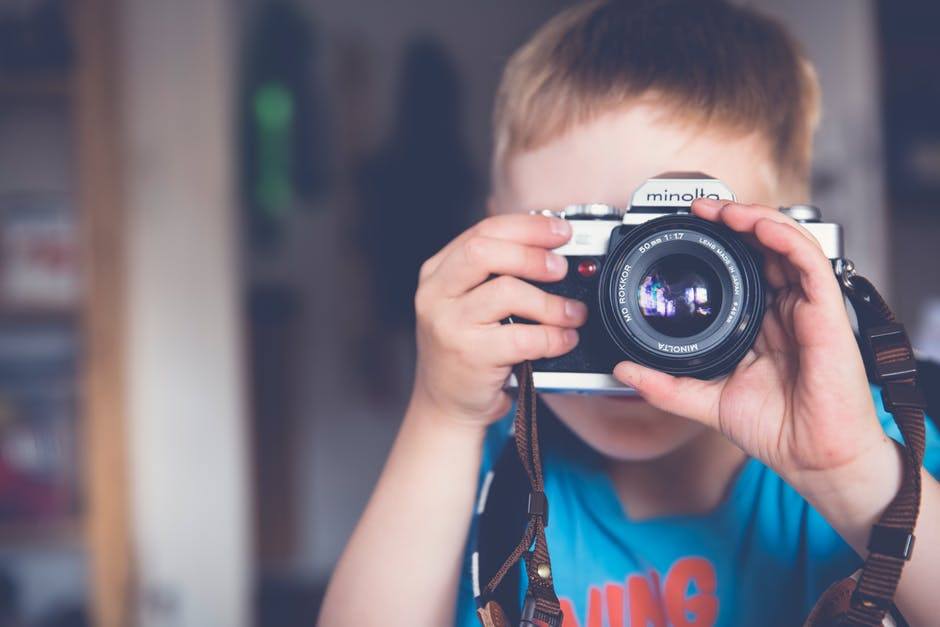 Confidence in kids taking photograph