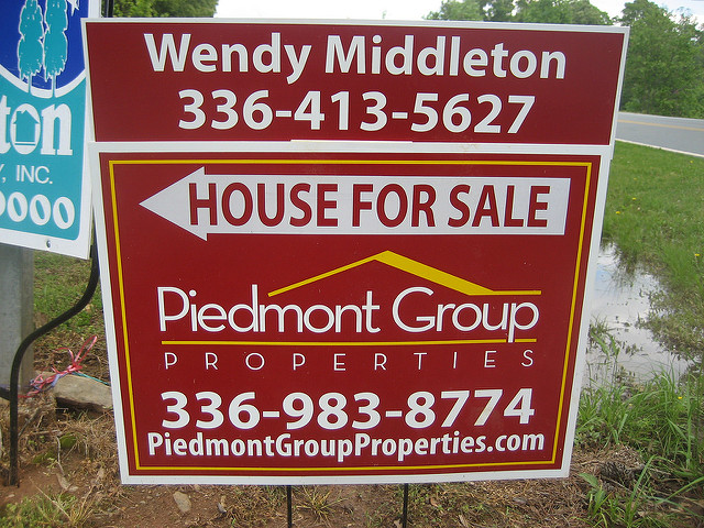 Home Ready for Sale sign
