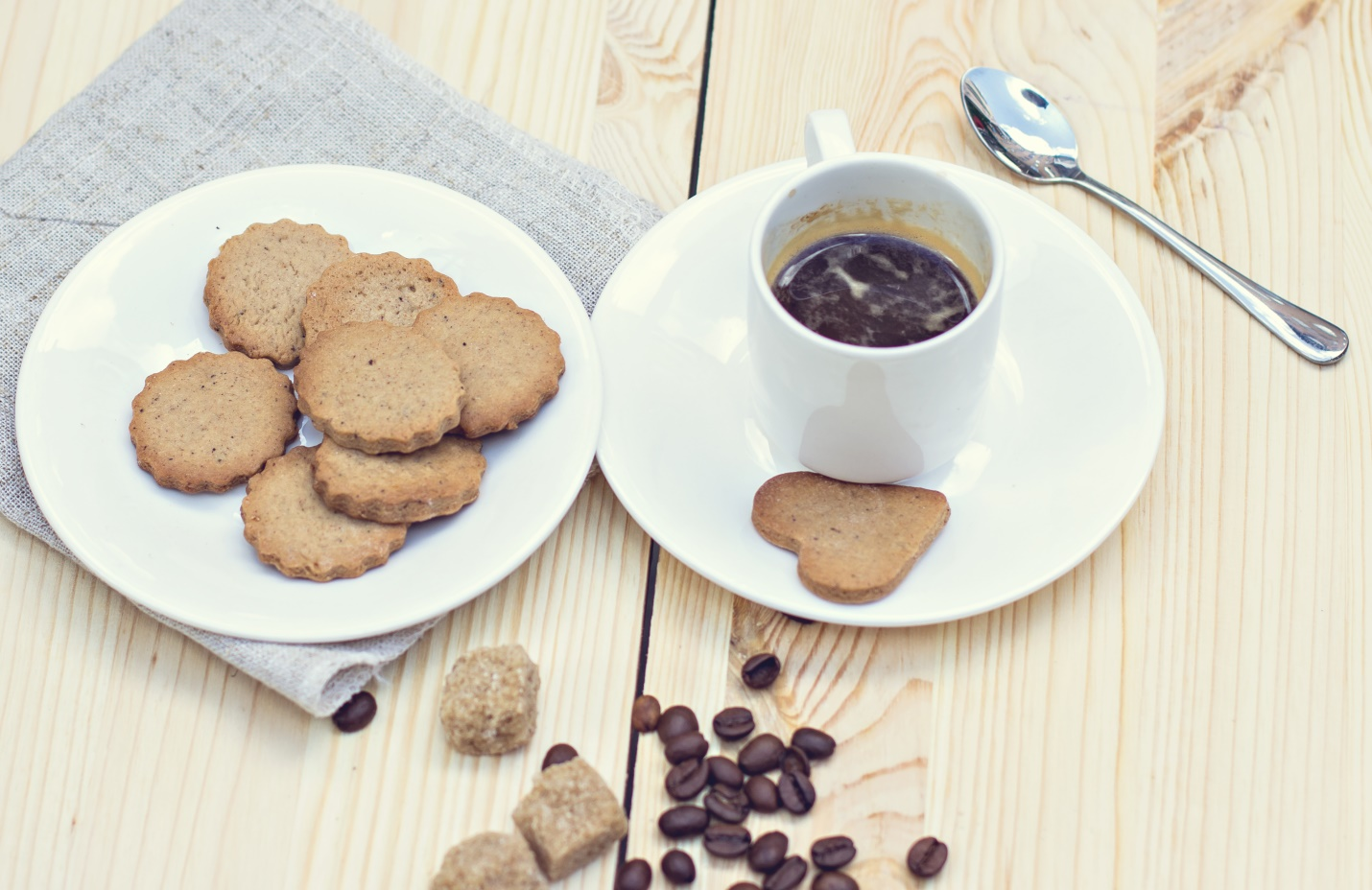 Festive Holiday Coffee Recipes with cookies